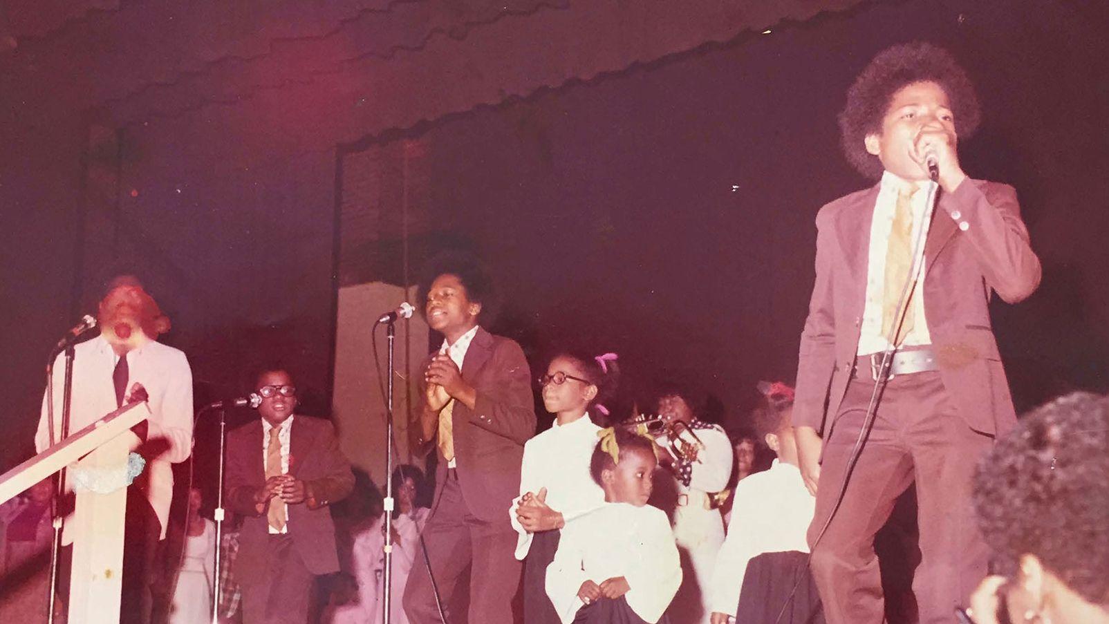 """The Floyd Family Singers"" bei einem Livekonzert"