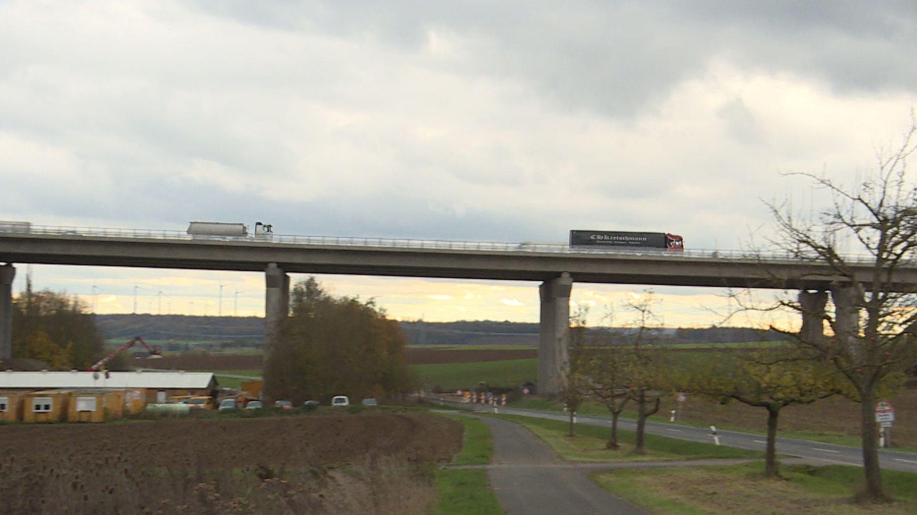 Die neugebaute Schraudenbachbrücke