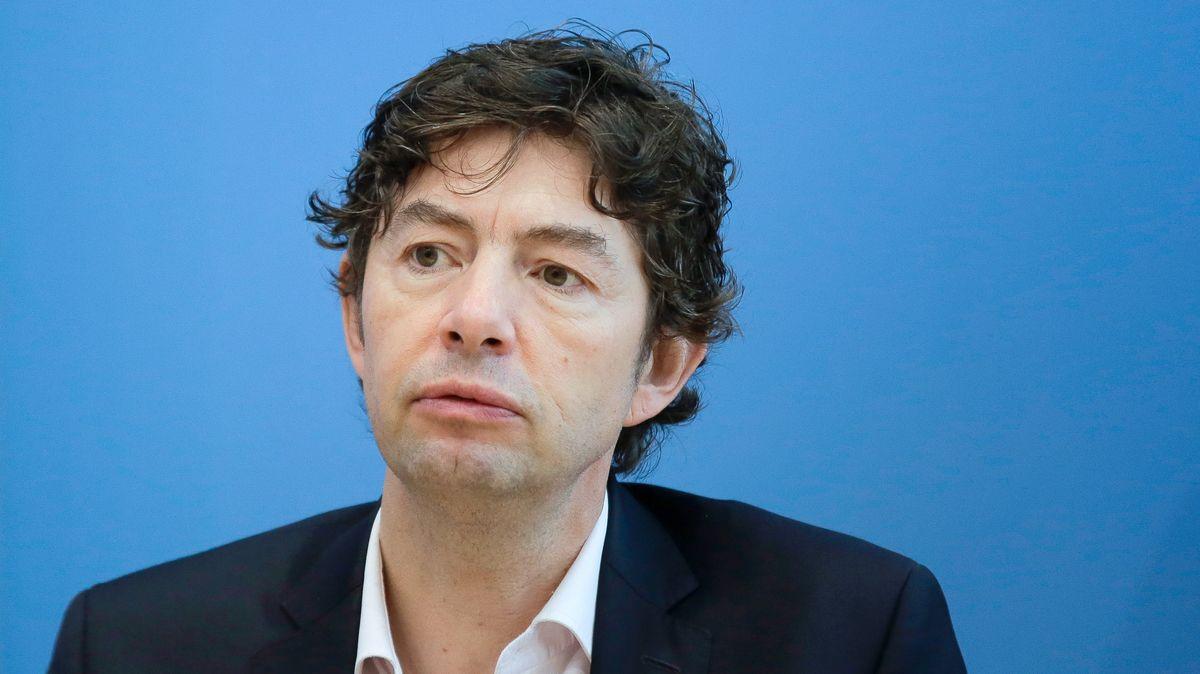 Christian Drosten hat zusammen mit Kollegen der Gesellschaft für Virologie vor dem Konzept der Herdenimmunität gewarnt