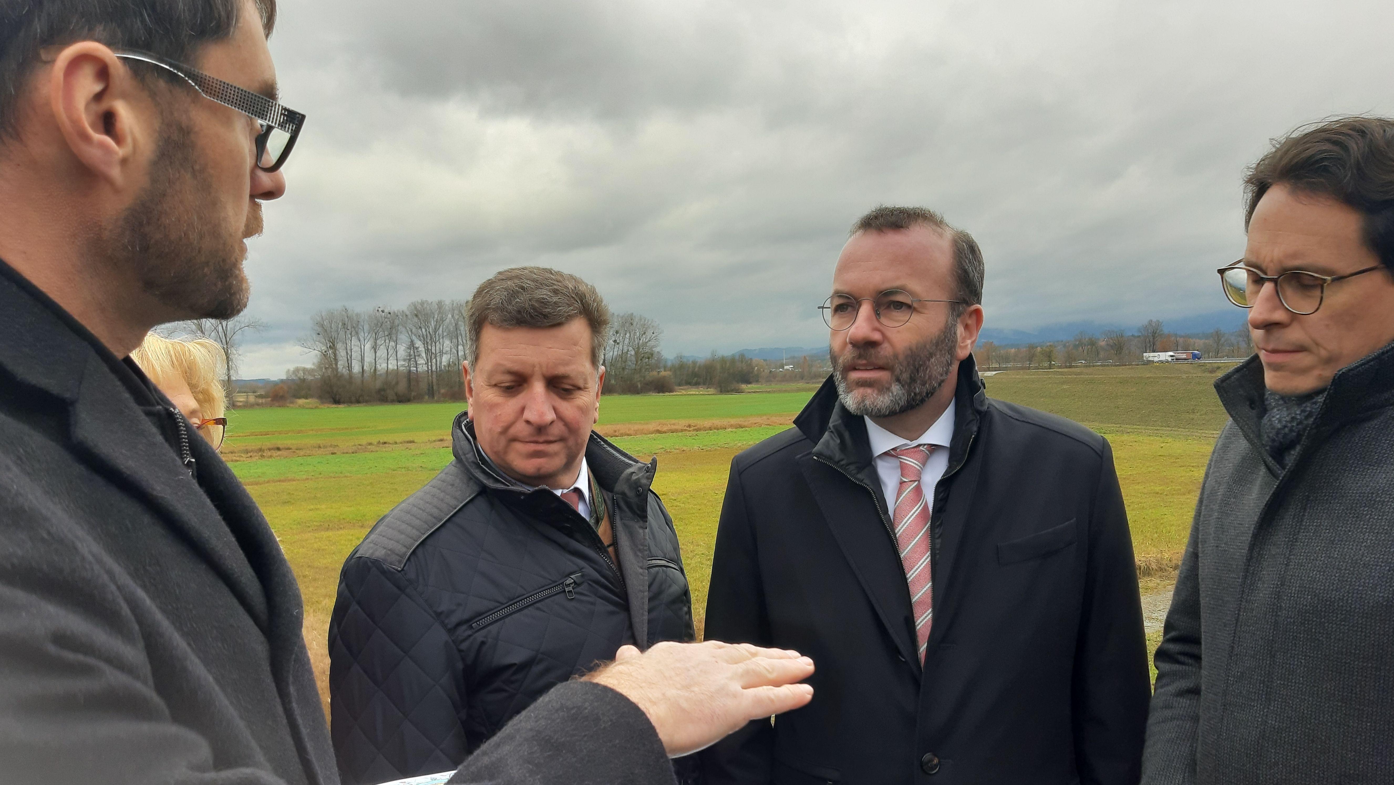Ortstermin Natternberg mit dem Europaabgeordnete und EVP-Fraktionsvorsitzender Manfred Weber
