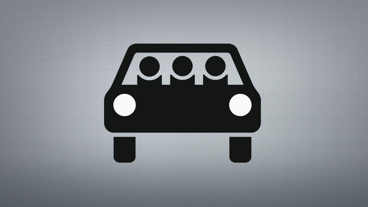 Mehrfachbesetzter Personenkraftwagen.