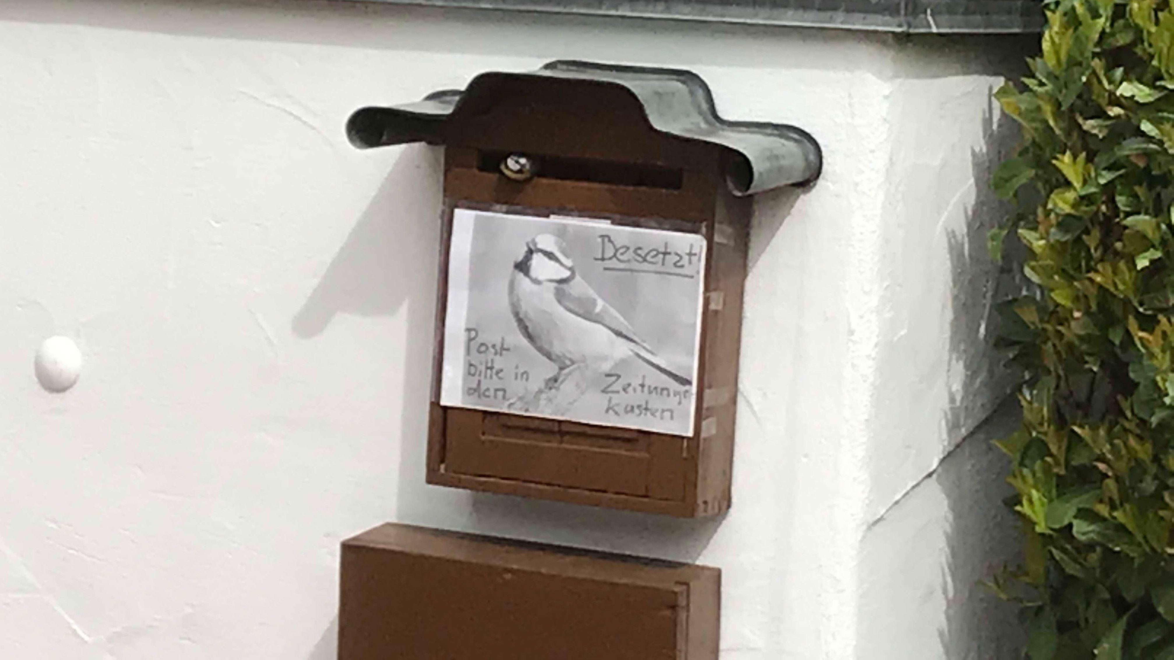 Hinweis am Briefkasten