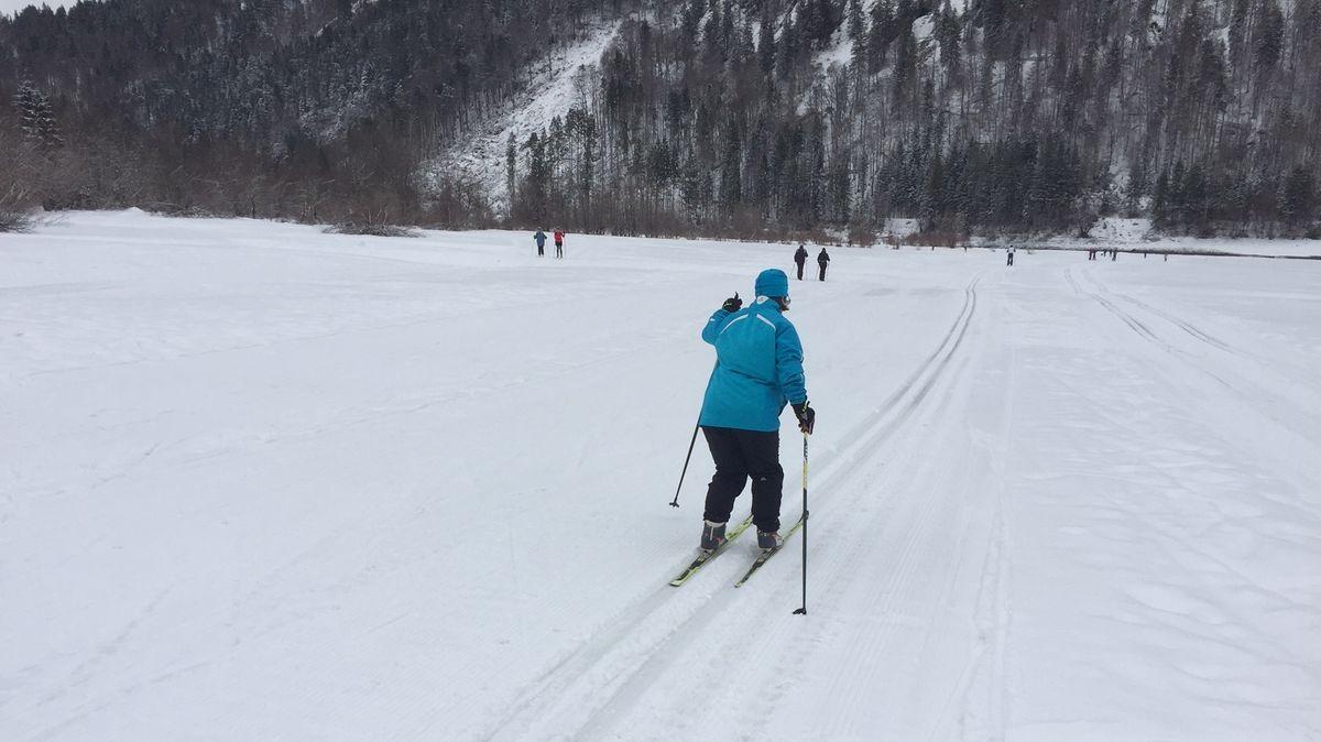 """Langläufer der Lebenshilfe Traunstein trainieren für die """"Special Olympics"""" in Berchtesgaden"""