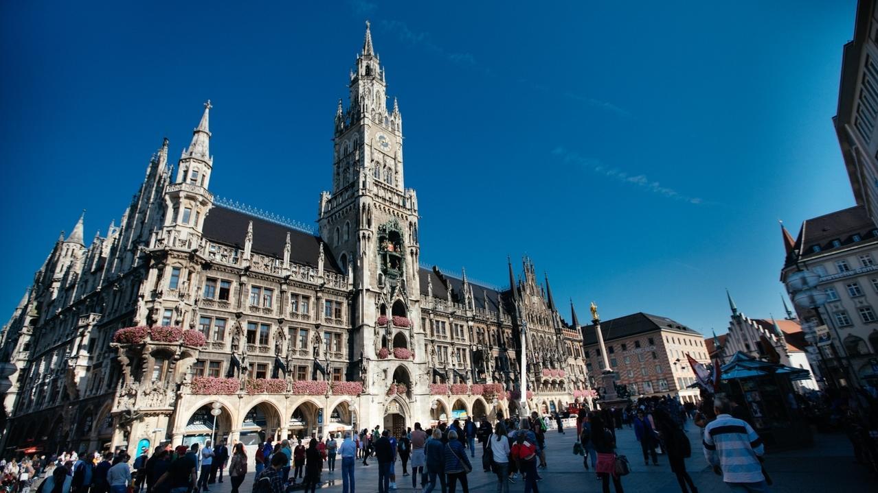 Das Rathaus am Marienplatz in München.