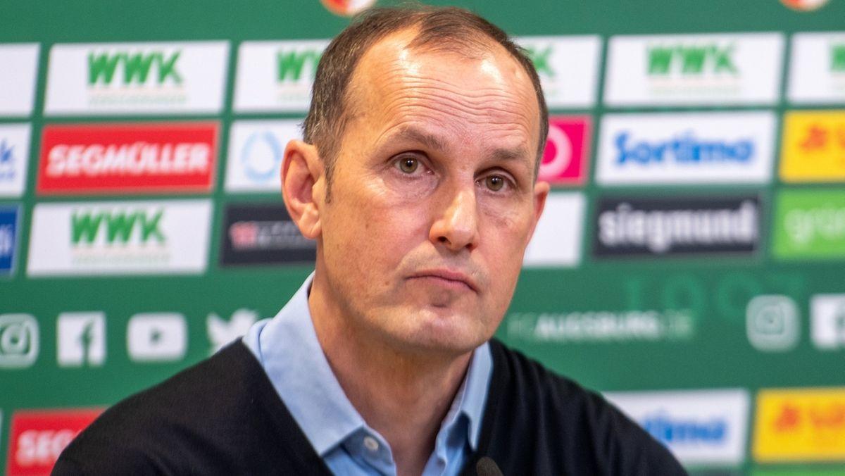 Heiko Herrlich wurde beim Fußballbundesligisten FC Augsburg als neuer Cheftrainer vorgestellt.
