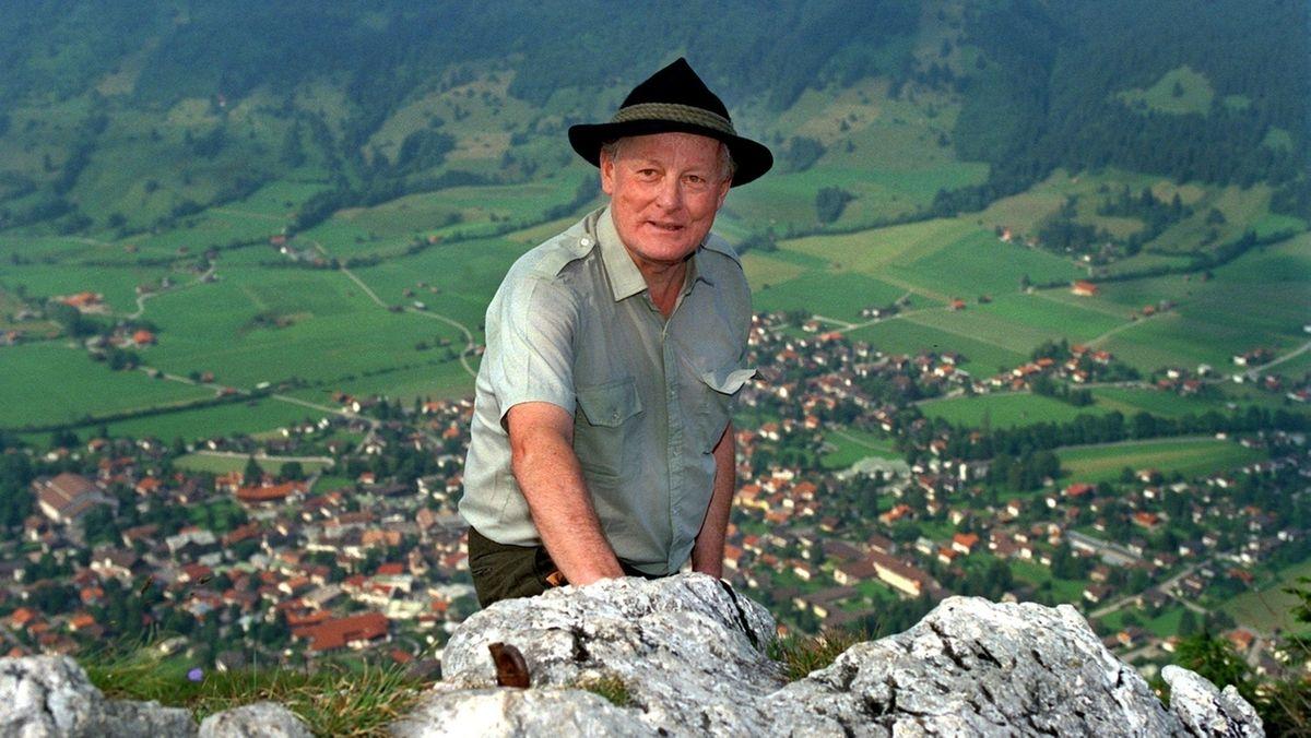 Archivbild von 1991: Der erste bayerische Umweltminister Max Streibl
