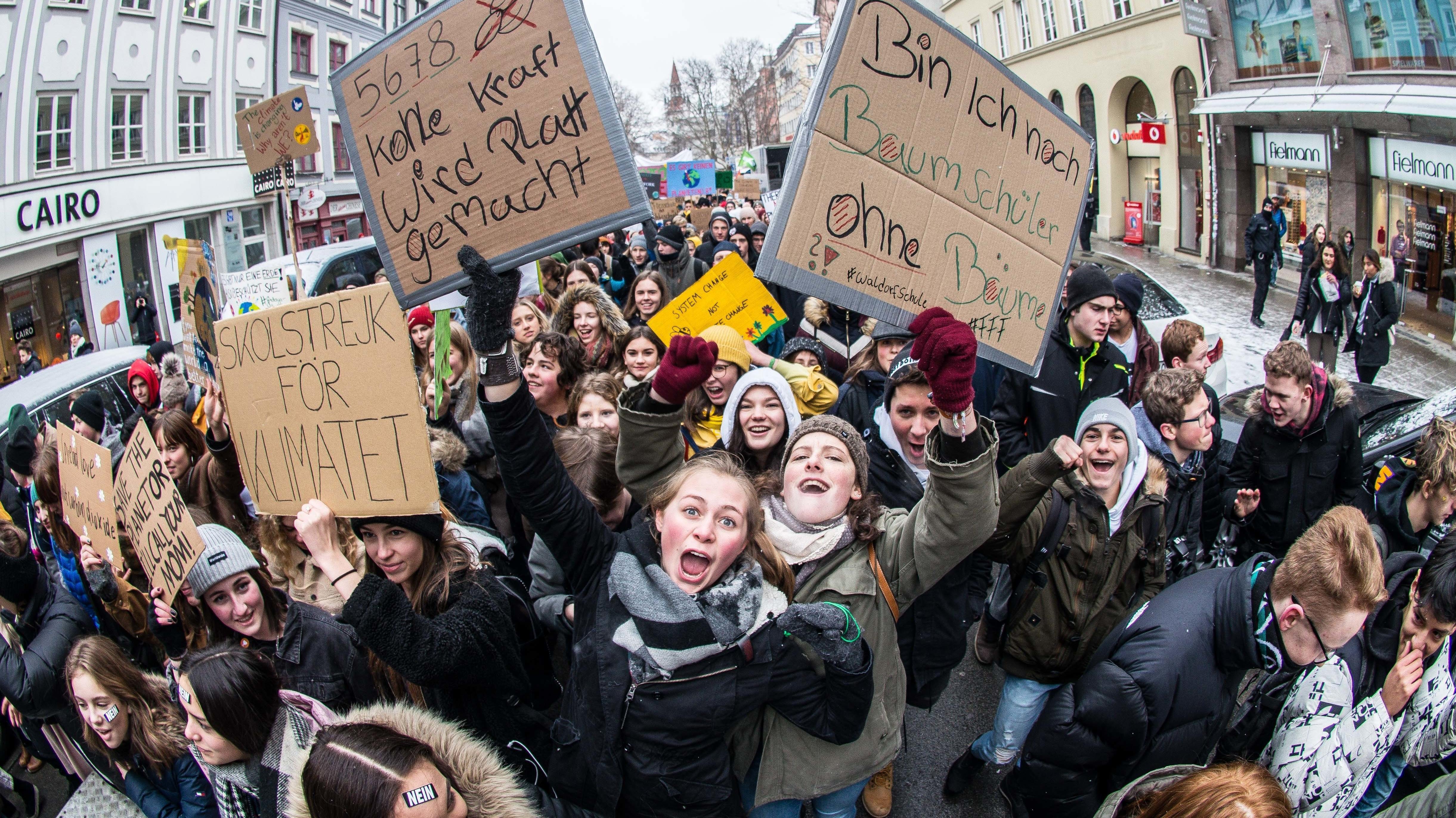 """""""Fridays for Future"""" -Heute gehen Schülerinnen und Schüler in Regensburg, Amberg und Cham auf die Straße."""