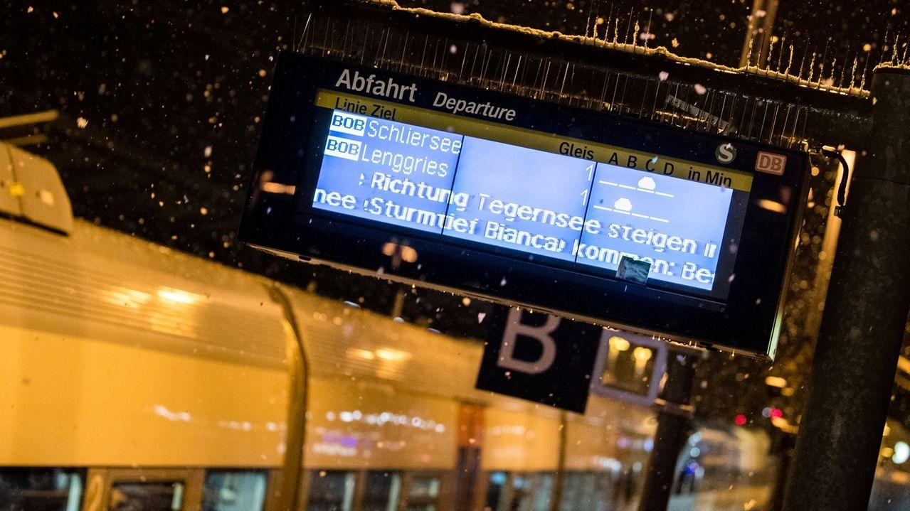 Sturmtief Bianca fegte in der Nacht über Oberbayern.