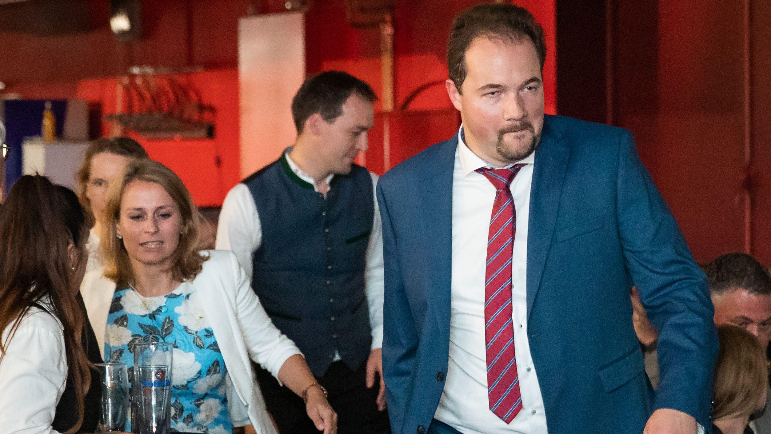 Turbulenter AfD-Parteitag: Sichert muss Miazga weichen.