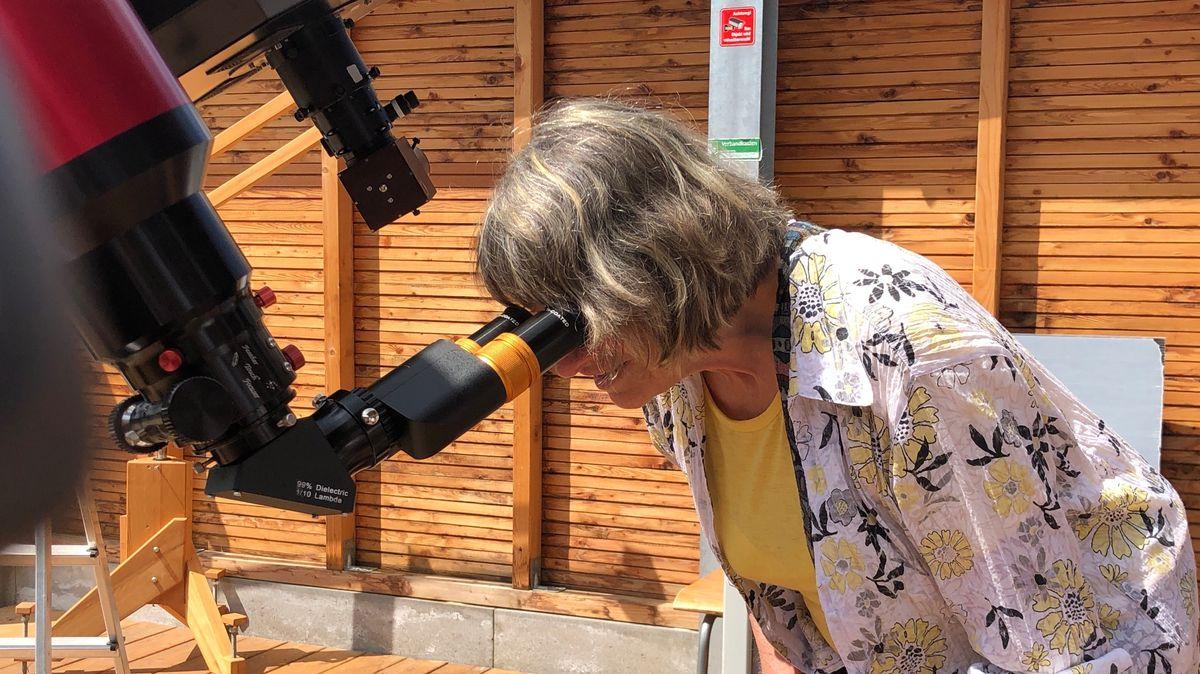 Mit einem speziellen Teleskop konnte die Sonnenfinsternis heute beobachtet werden.