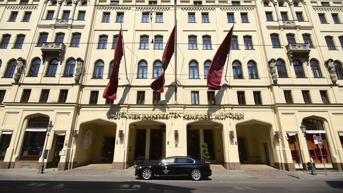 Teil-Lockdown: Touristen müssen Bayern am Montag verlassen - Hotel Vier Jahreszeiten geschlossen (Symbolbild)