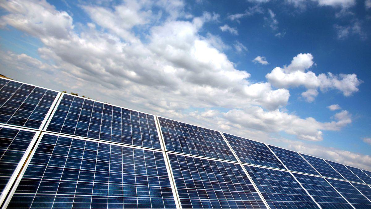 Solarpark (Symbolbild)
