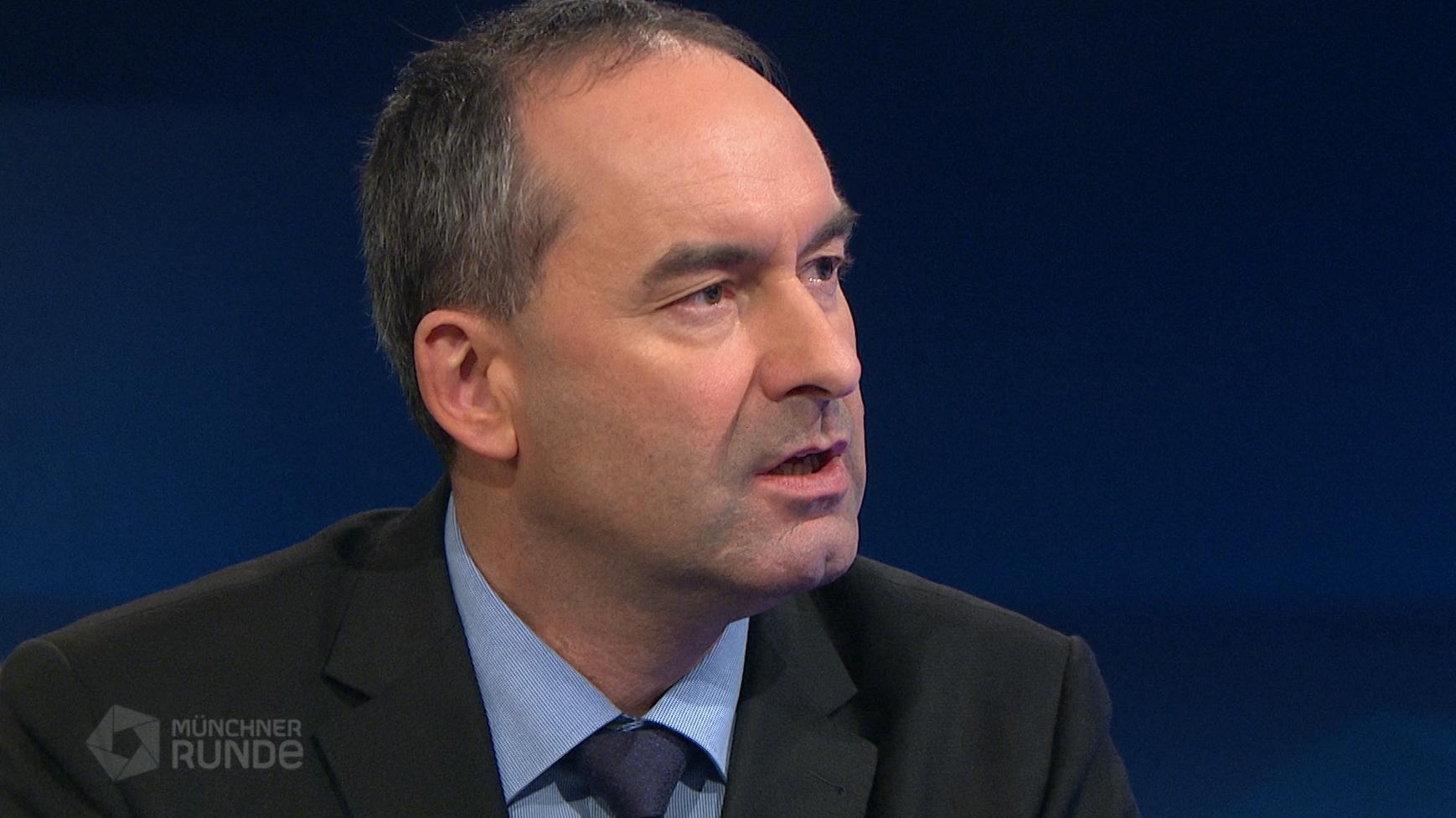 """Ein """"harter Brexit"""" könnte der bayerischen Wirtschaft Milliardenschäden bescheren. Das sagte Bayerns Wirtschaftsminister Hubert Aiwanger in der """"Münchner Runde"""" im BR Fernsehen."""