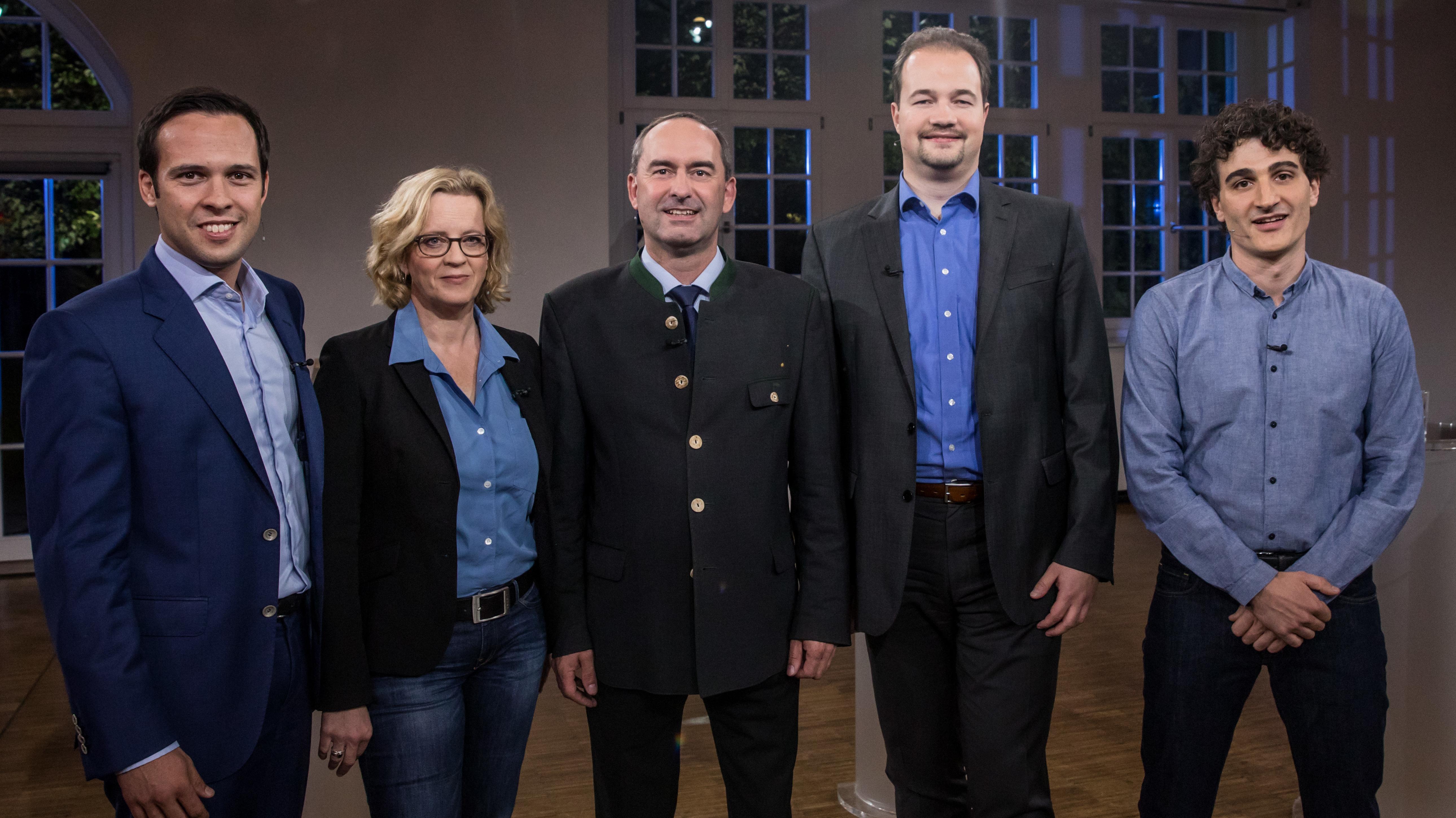 TV-Fünfkampf im BR Fernsehen mit Martin Hagen (FDP), Natascha Kohnen (SPD), Hubert Aiwanger (Freie Wähler), Martin Sichert (AfD) und Ates Gürpinar (Die Linke)