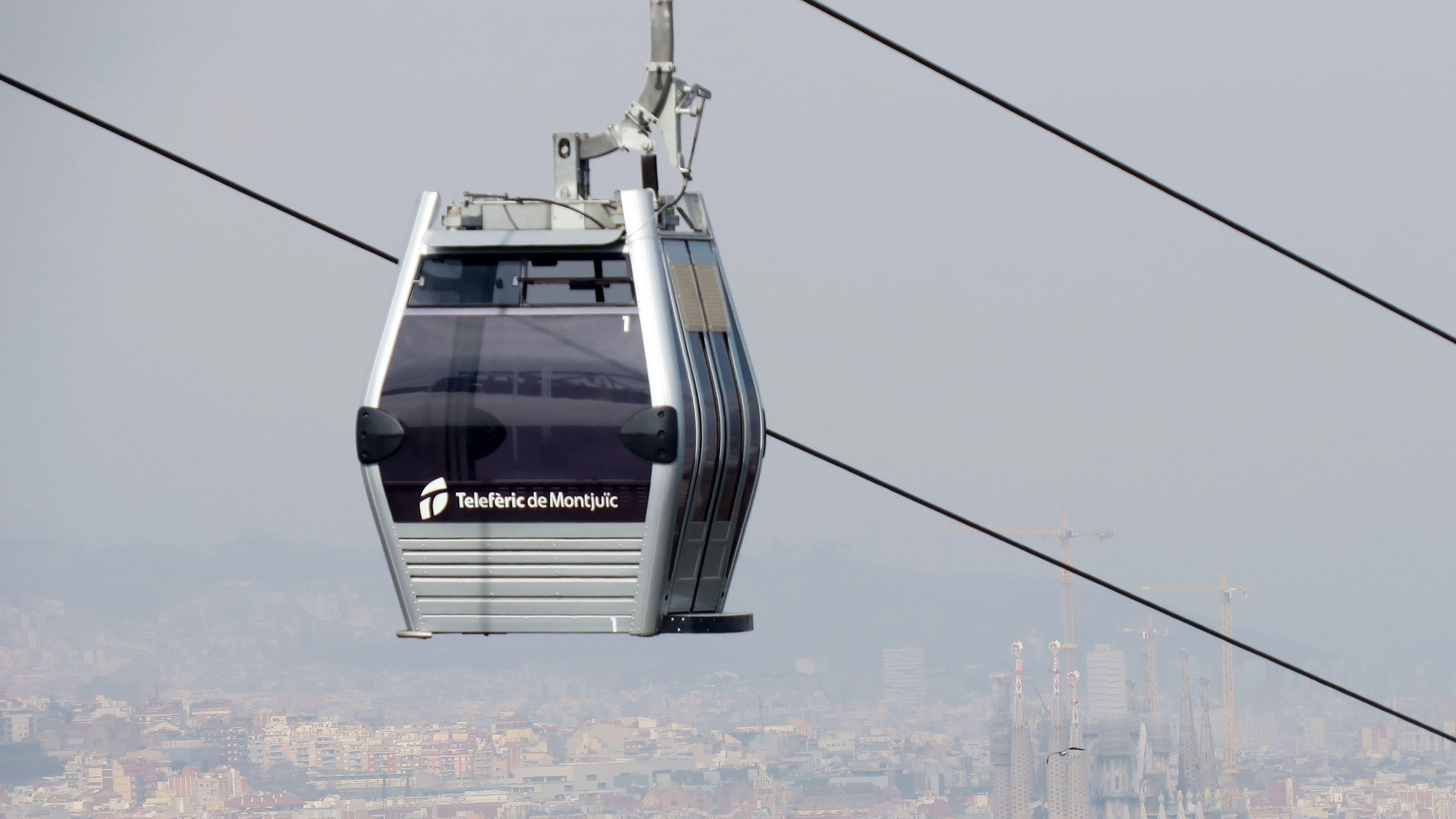 In Barcelona gibt es sie schon: Eine Seilbahn. In Bayern eruieren derzeit viele Kommunen, ob sie auch eine bekommen könnten.