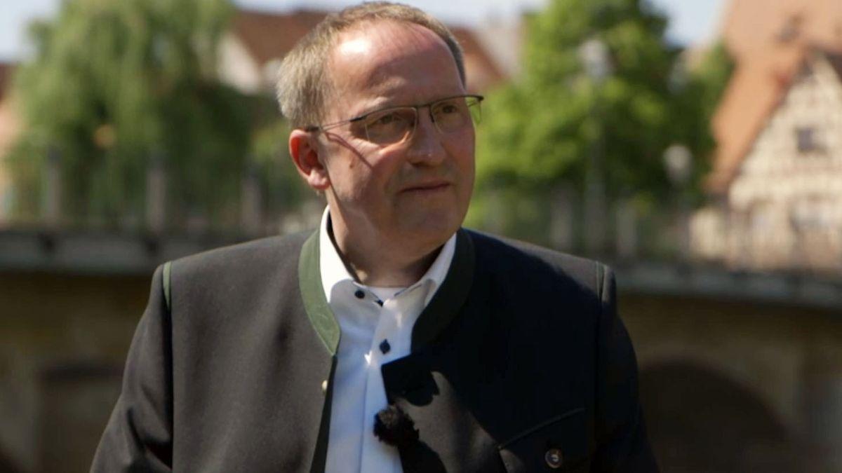 Der ehemalige katholische Pfarrer Thomas Kirsch ist heute unter anderem freier Trauredner in Lauf a.d. Pegnitz