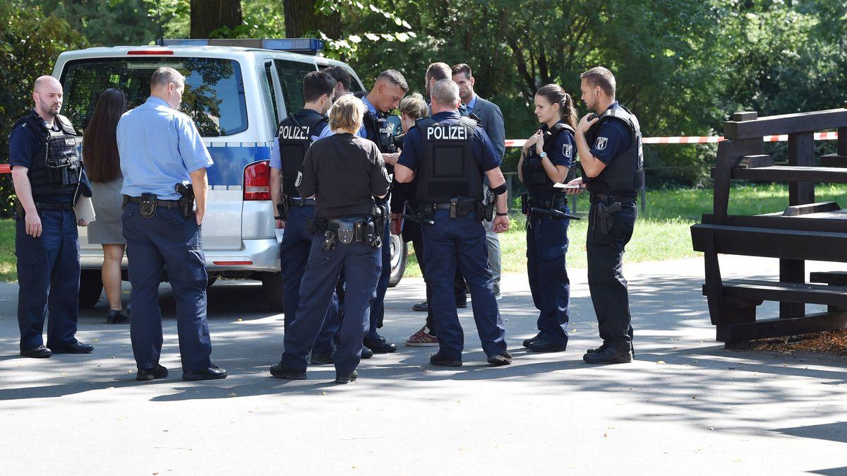 Berlin Moabit: Fahrradfahrer erschießt Mann