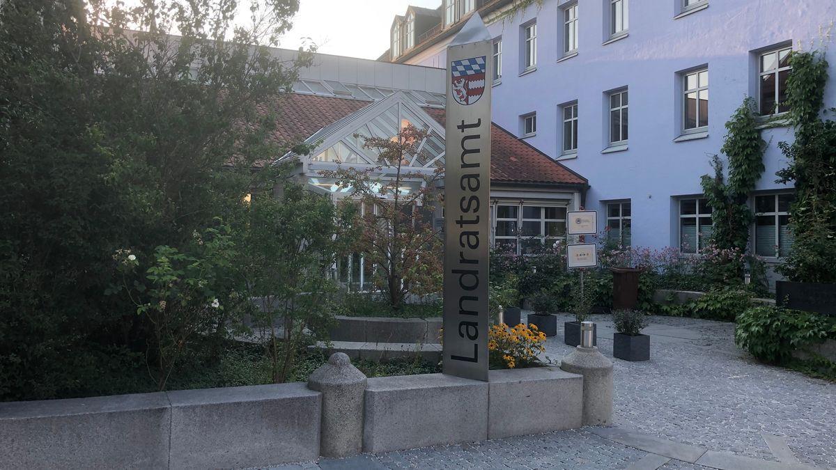 Das Landratsamt Dingolfing-Landau in Dingolfing