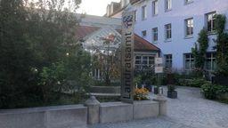 Das Landratsamt Dingolfing-Landau in Dingolfing   Bild:BR/Guido Fromm