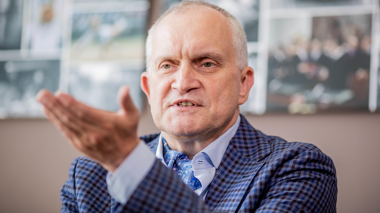 Chef der Wirtschaftsweisen, Christoph Schmidt, für Abschaffung der Pendlerpauschale