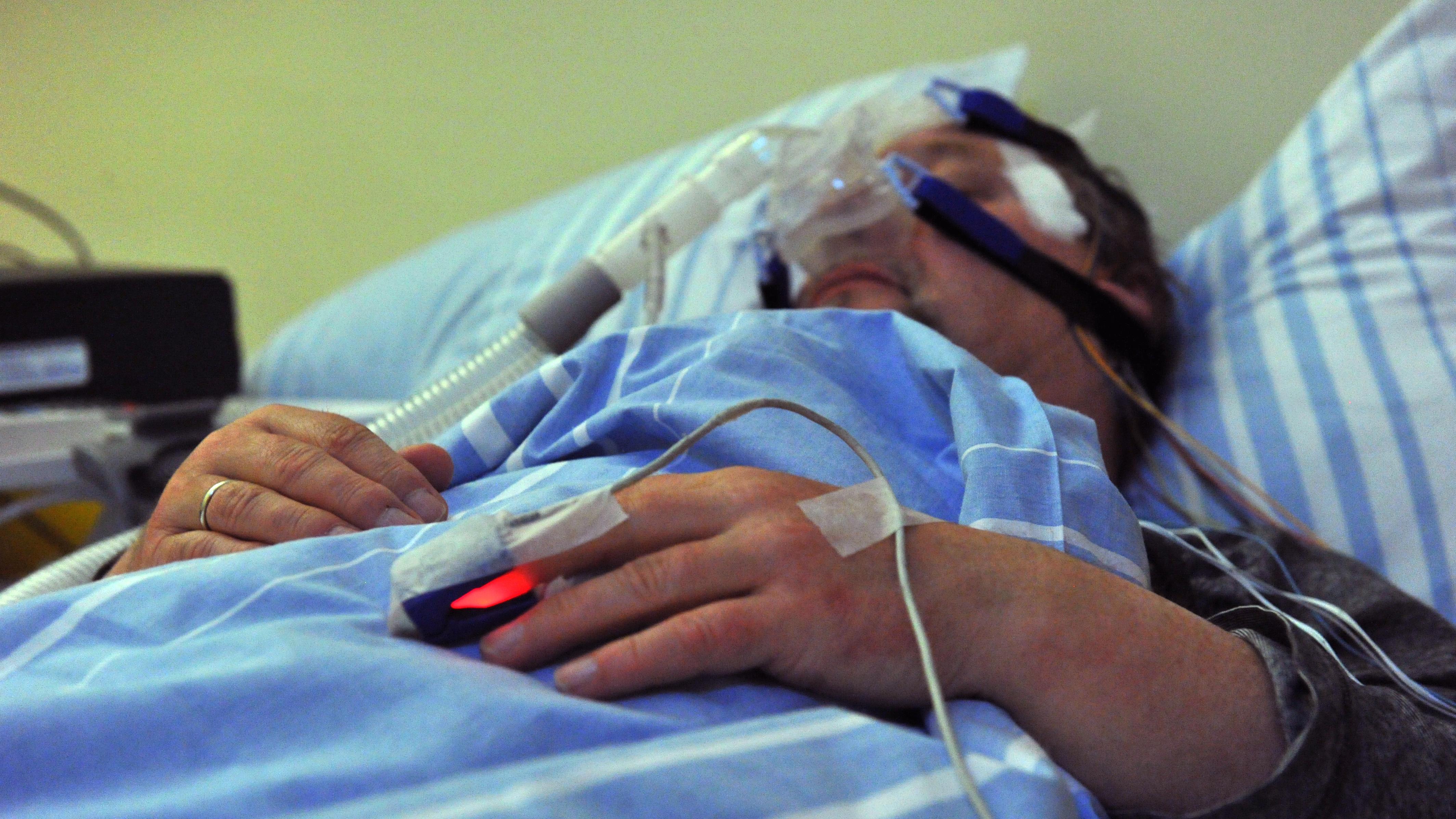 Patient im Schlaflabor