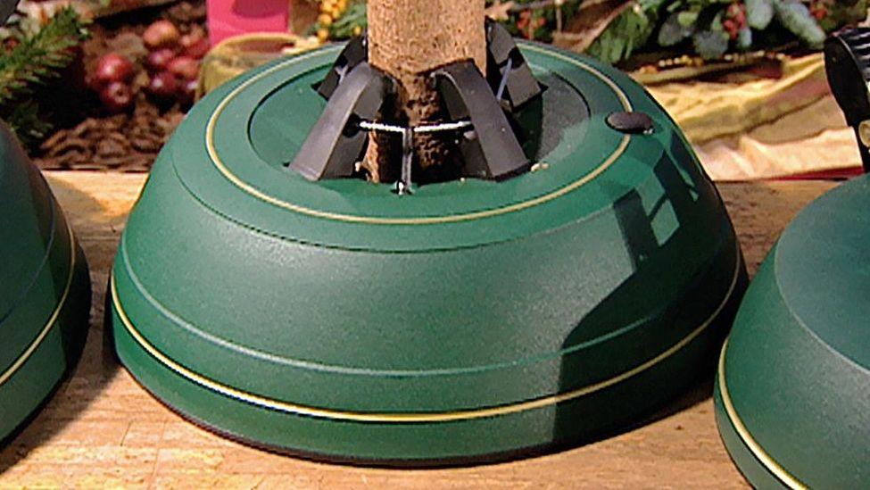 Christbaumständer mit Seilzugtechnik