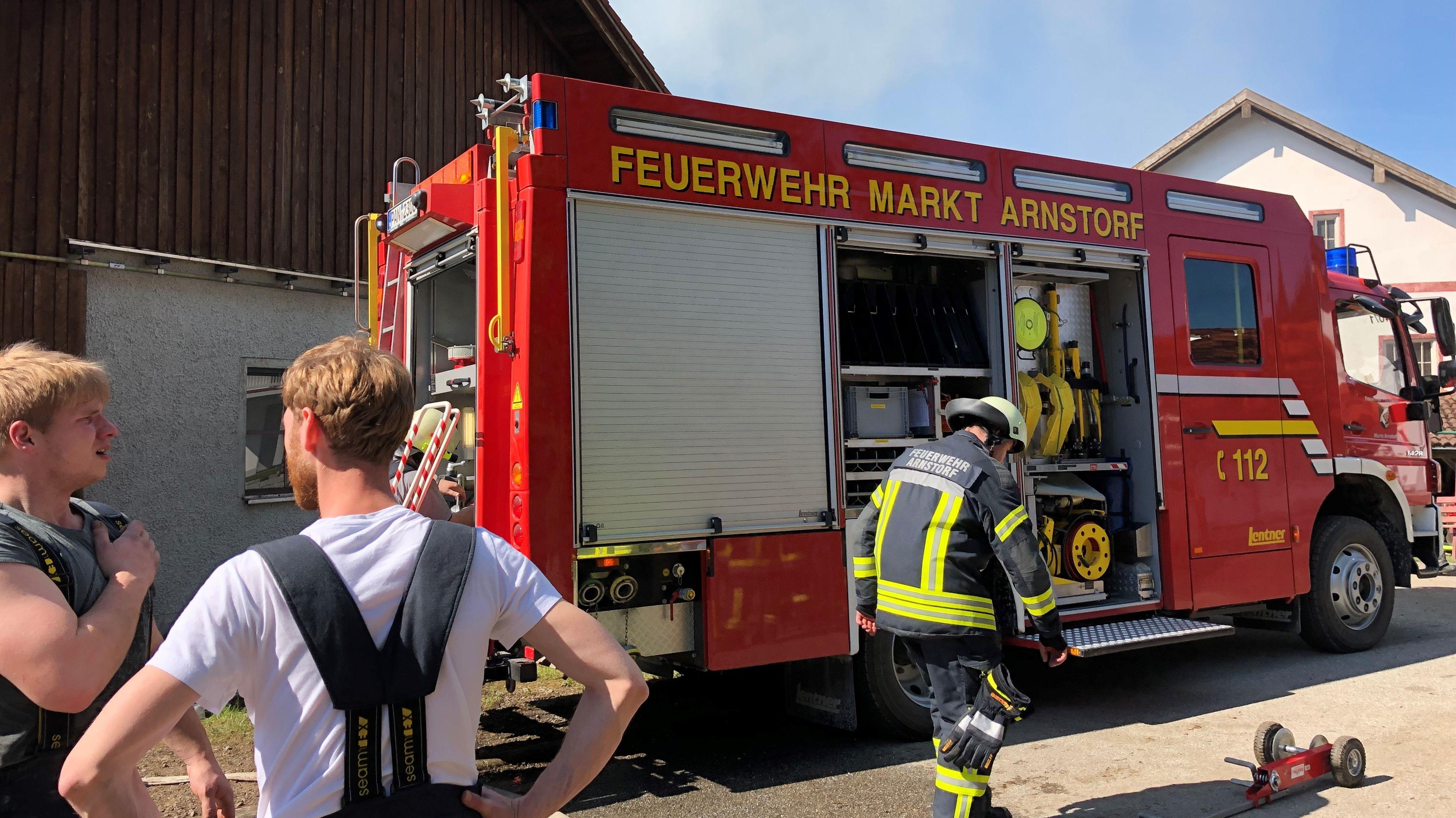 Rund 200 Einsatzkräfte waren bei dem Großbrand vor Ort.