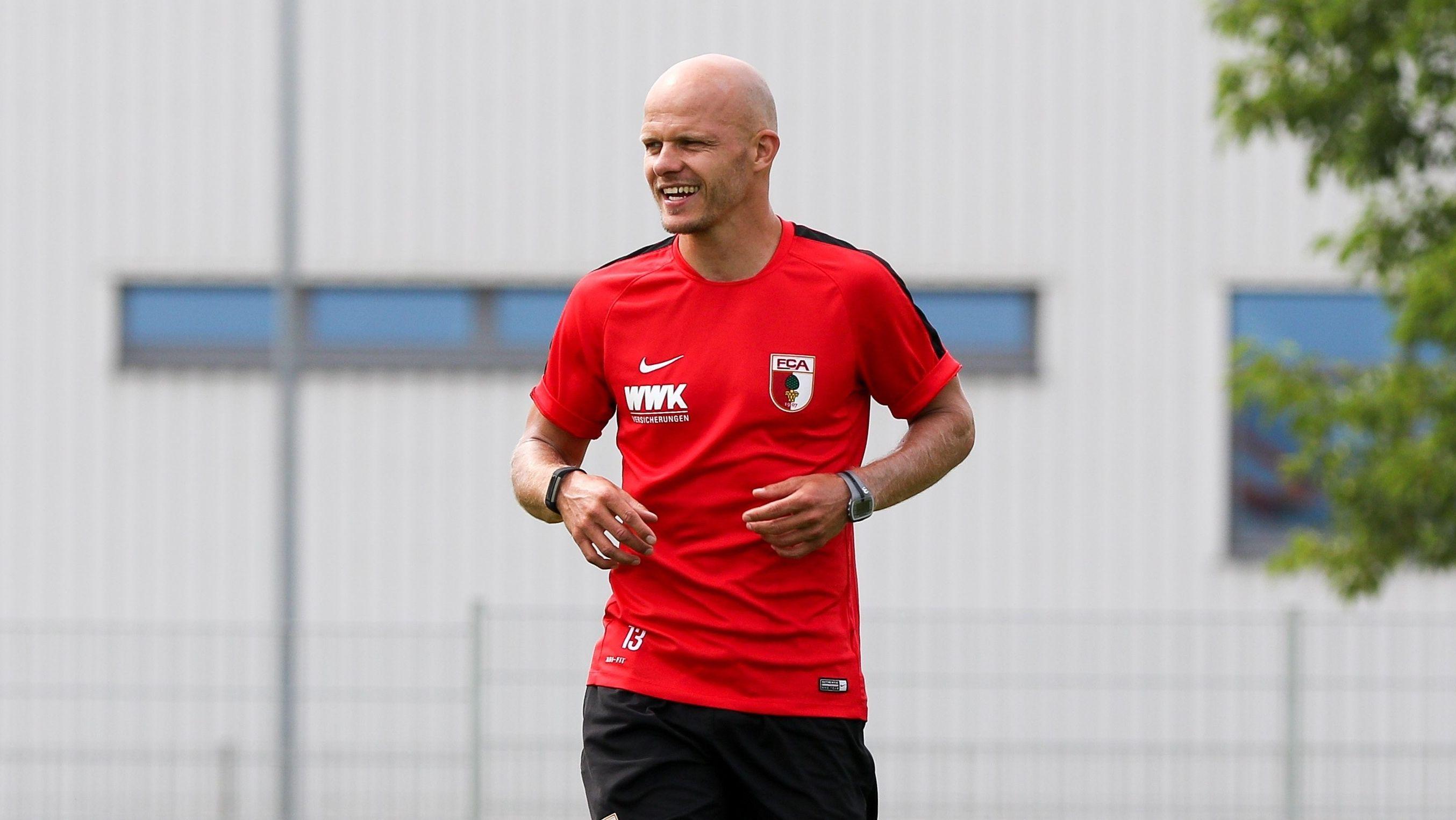 Tobias Werner 2016 bei einem Training des FC Augsburg