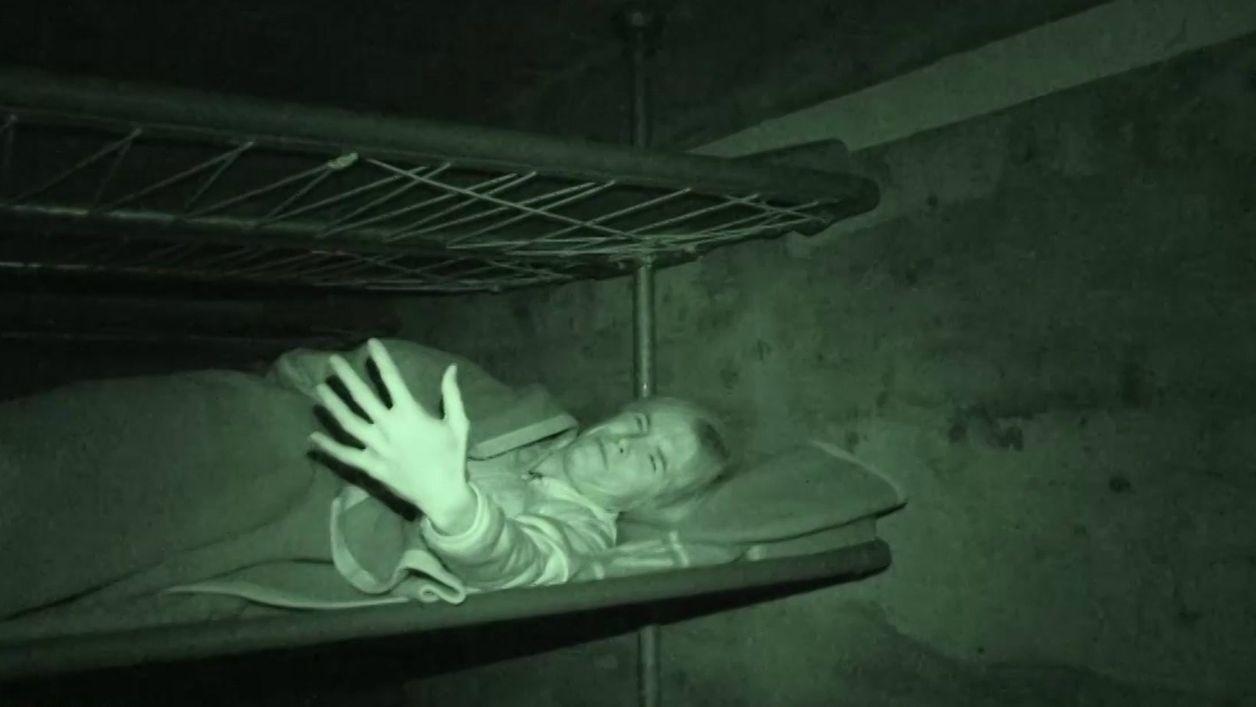BR-Reporterin Natahlie Bachmann übernachtet im Bunker