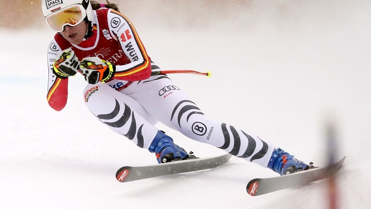 Skiläuferin Kira Weidle