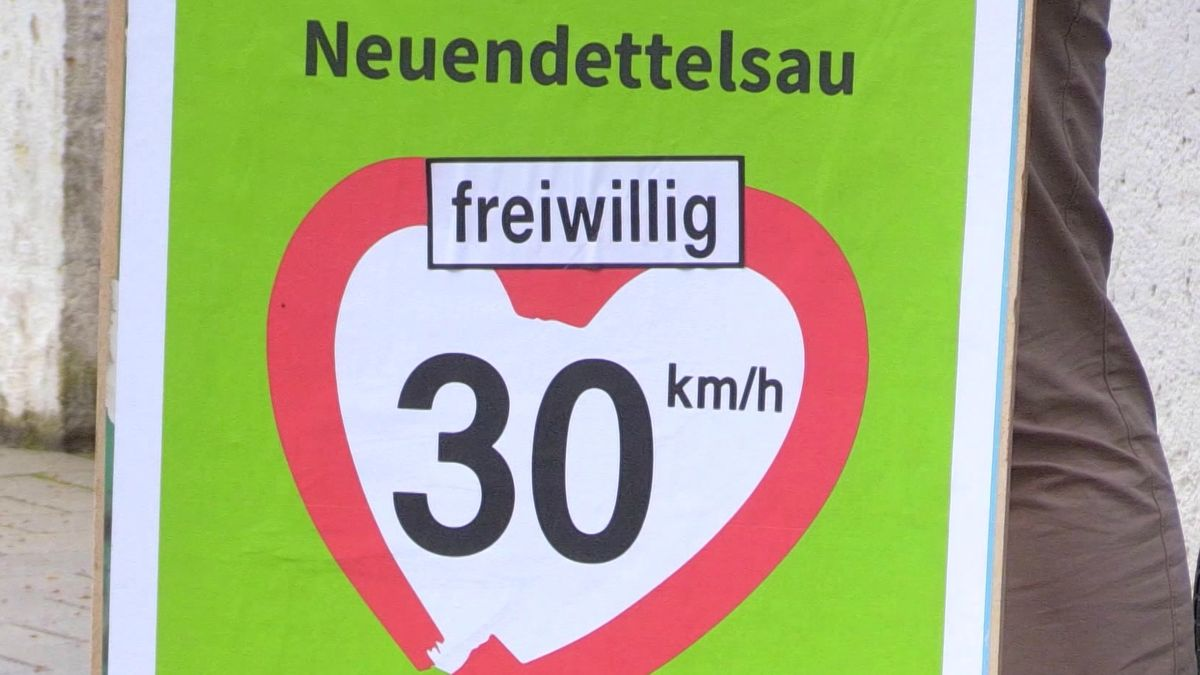 """Freiwillig Tempo 30"": Plakataktion in Neuendettelsau"