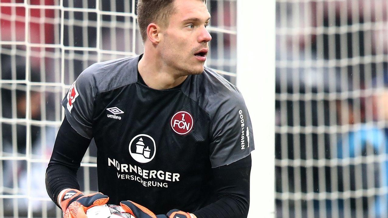 1. FC Nürnberg -  Christian Mathenia verlängert Vertrag