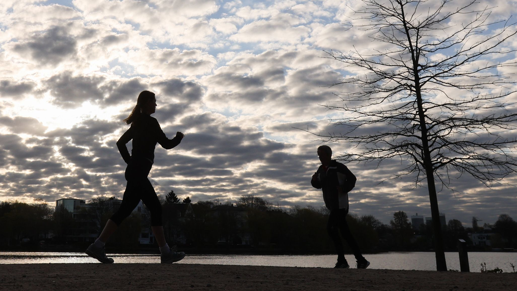 Symbolbild joggende Frau