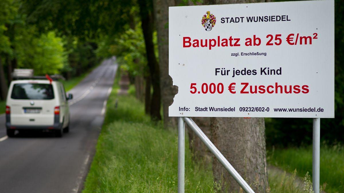 Werbeplakat Stadt Wunsiedel Bauplatz
