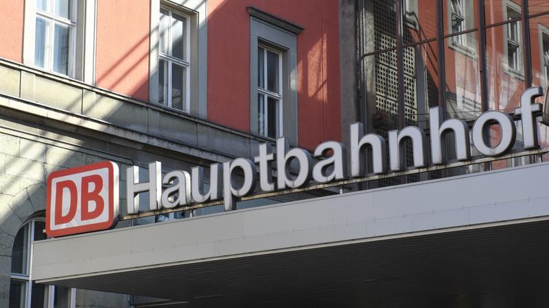 Münchner Hauptbahnhof Und Ostbahnhof Teilweise Gesperrt Br24