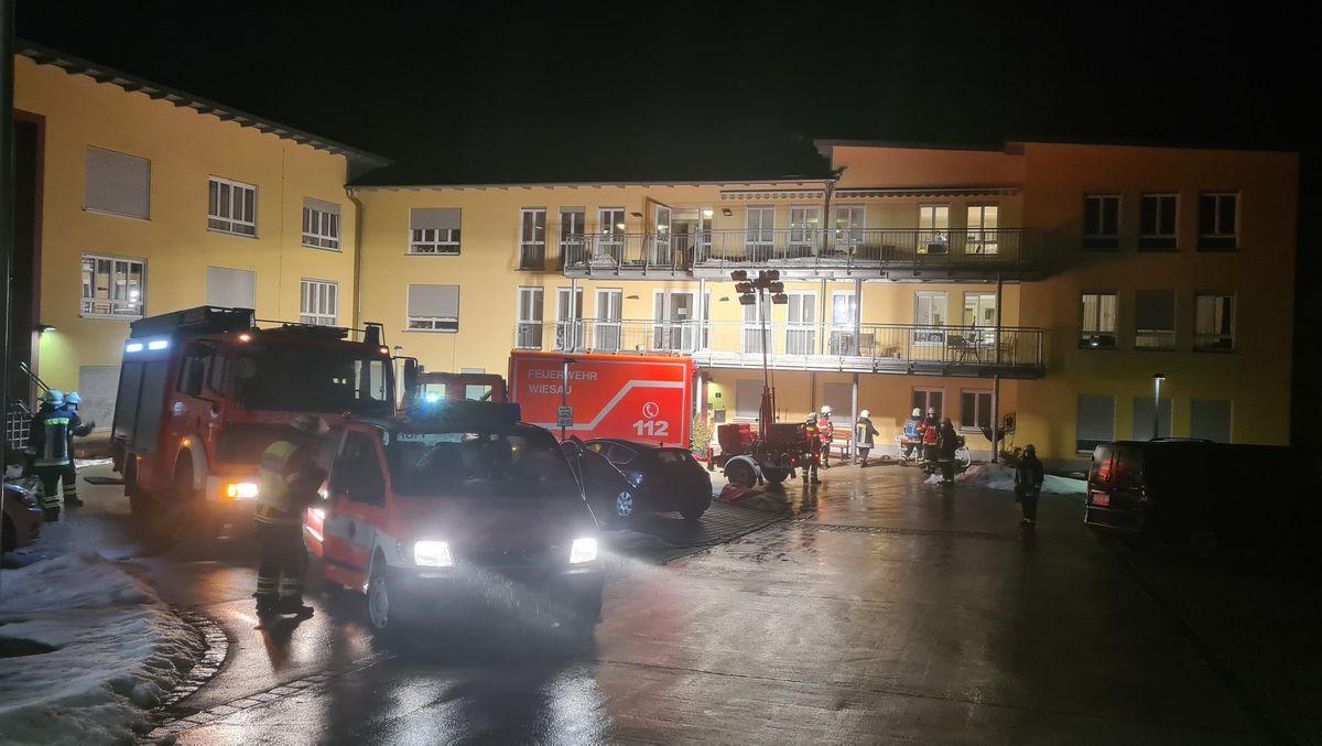 Rettungskräfteeinsatz an einem Seniorenpflegeheim in Wiesau
