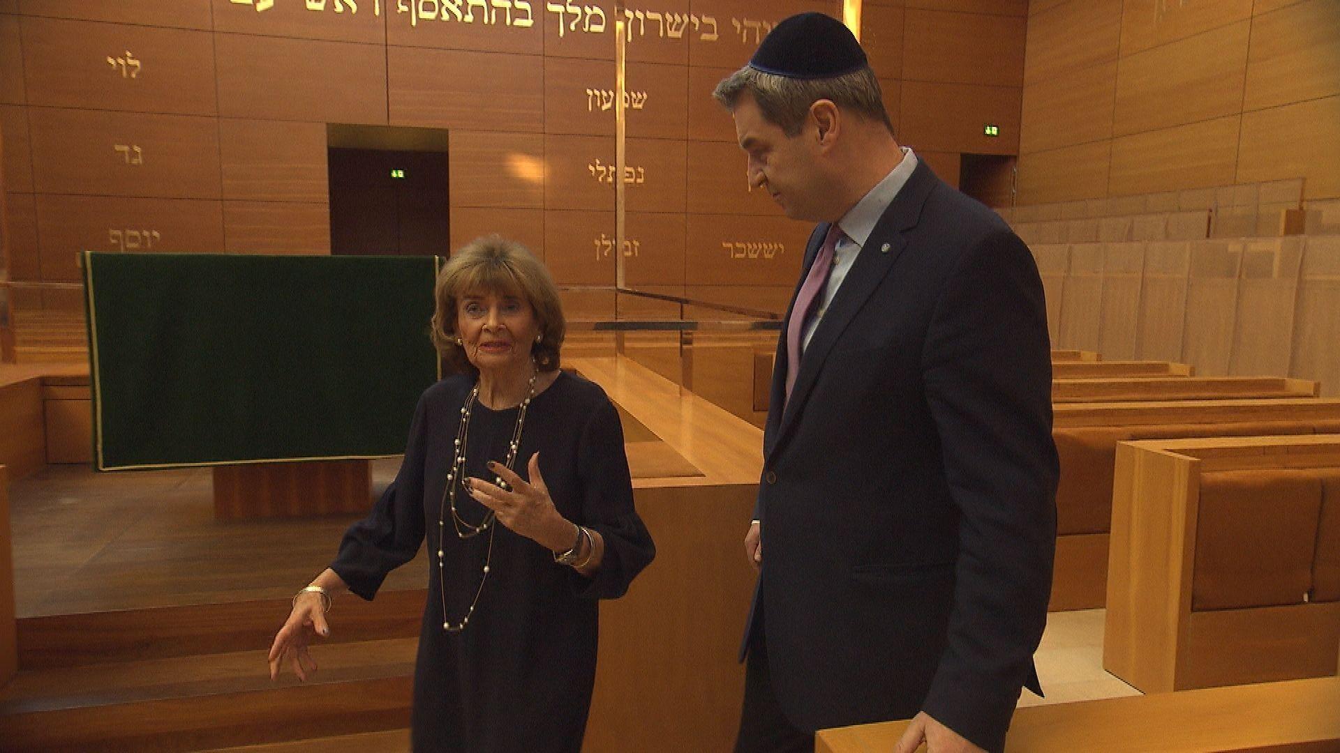Charlotte Knobloch und Markus Söder in der Ohel-Jakob-Synagoge in München.
