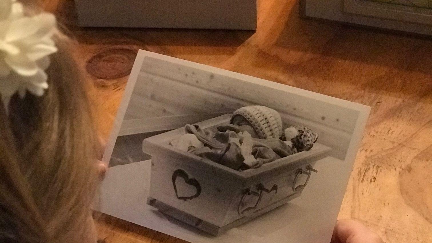 Ein Netzwerk hilft betroffenen Familien bei der Trauer um ihr tot geborenes Kind.