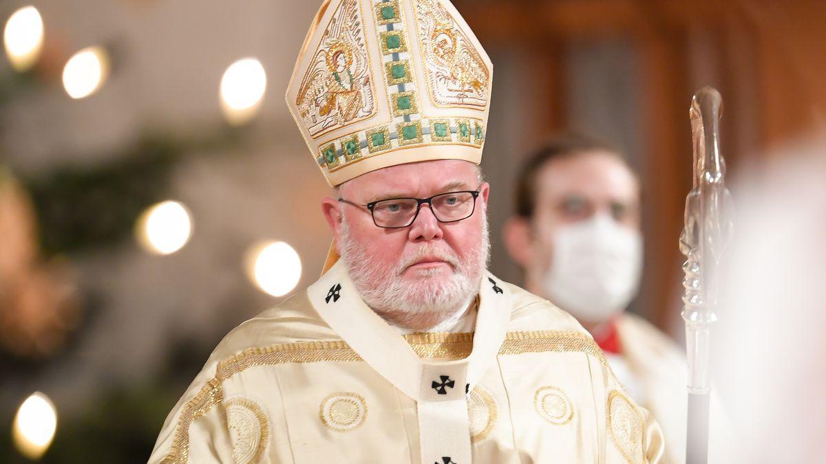 Kardinal Marx bei der Christmette im Liebfrauendom