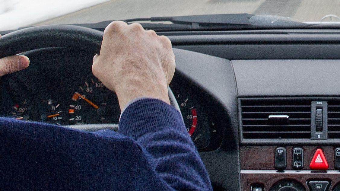 Älterer Verkehrsteilnehmer (Symbolbild)