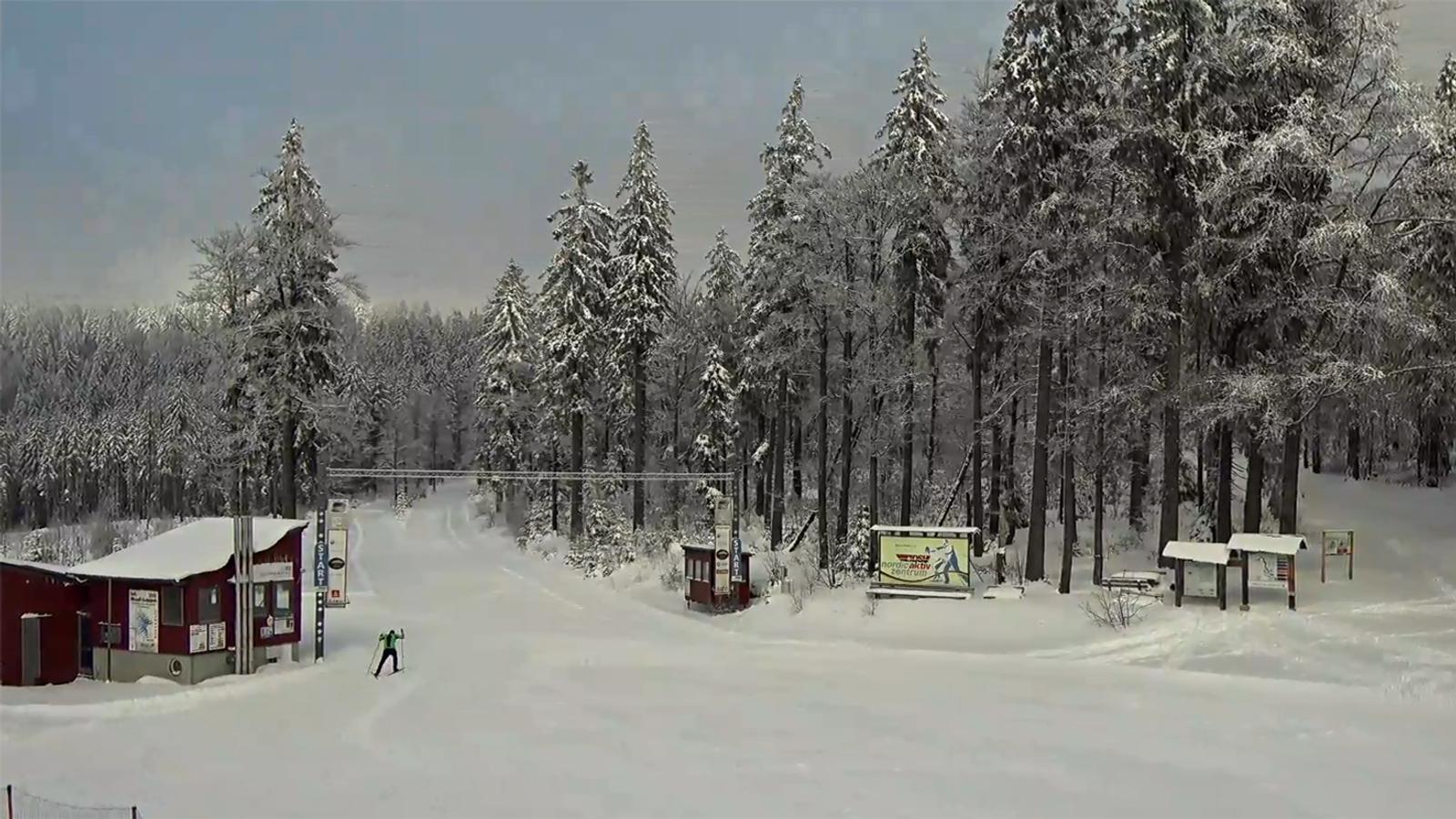 Schnee Im Bayerischen Wald Die Wintersportsaison Beginnt Br24