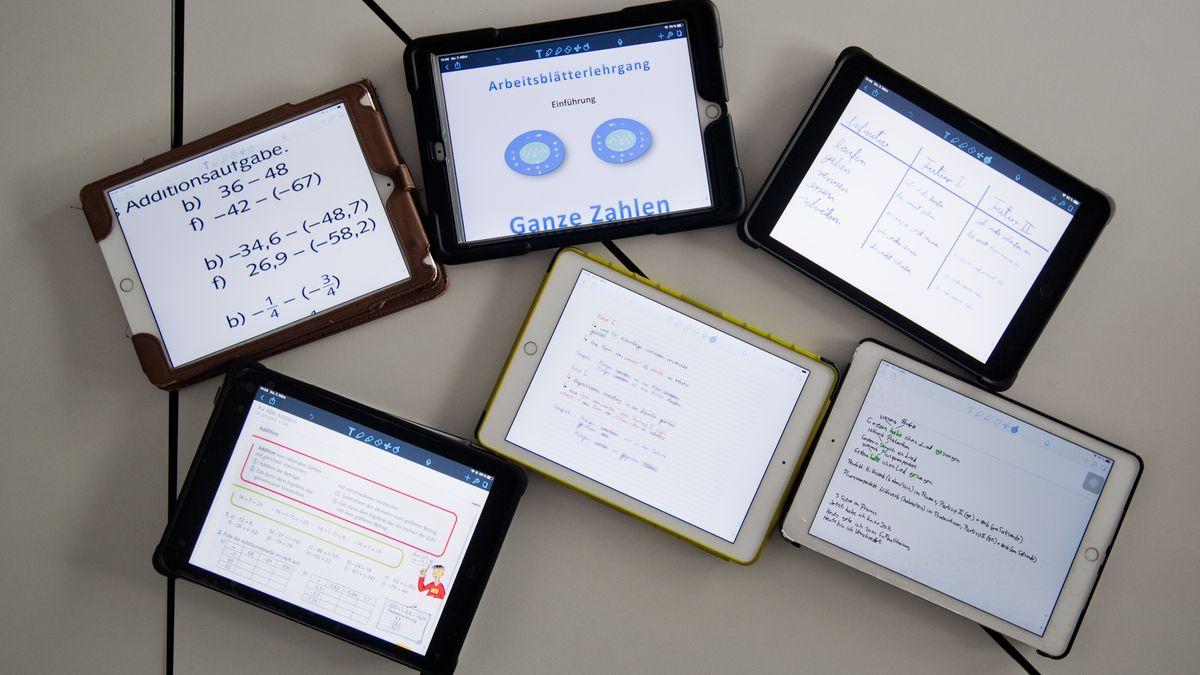 Sechs Tablets mit unterschiedlichen Anwendungen