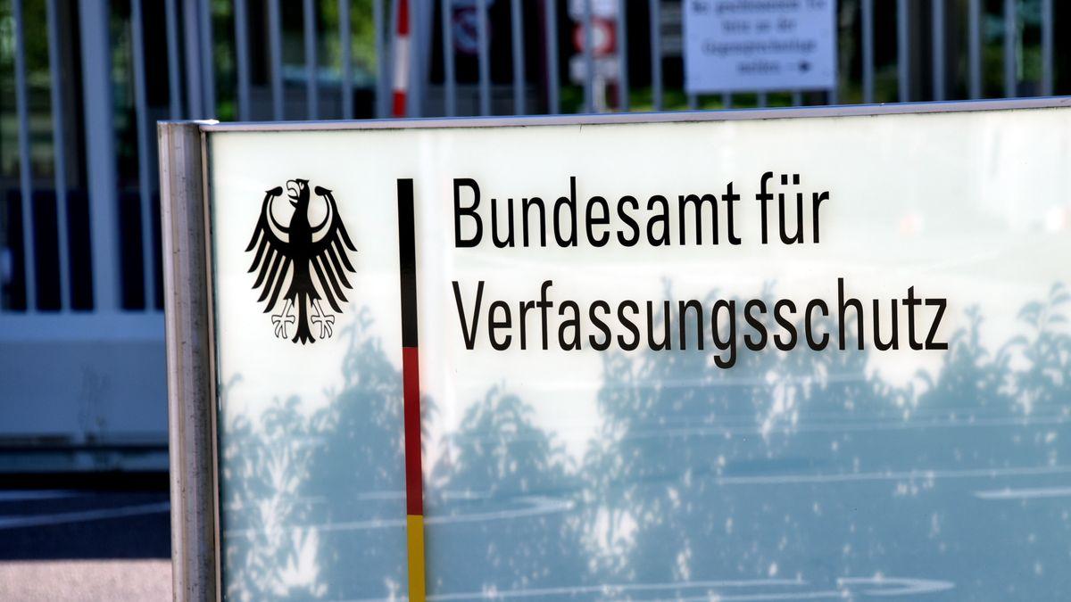Bundesamt für Verfassungsschutz Schild