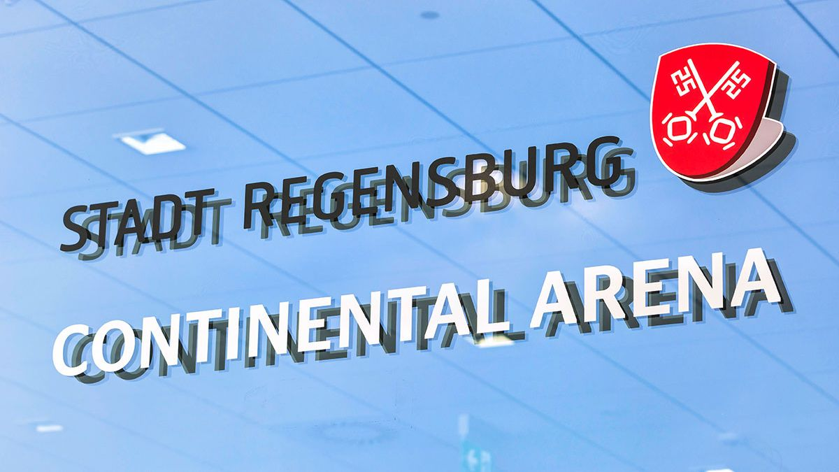 Die Continental Arena in Regensburg