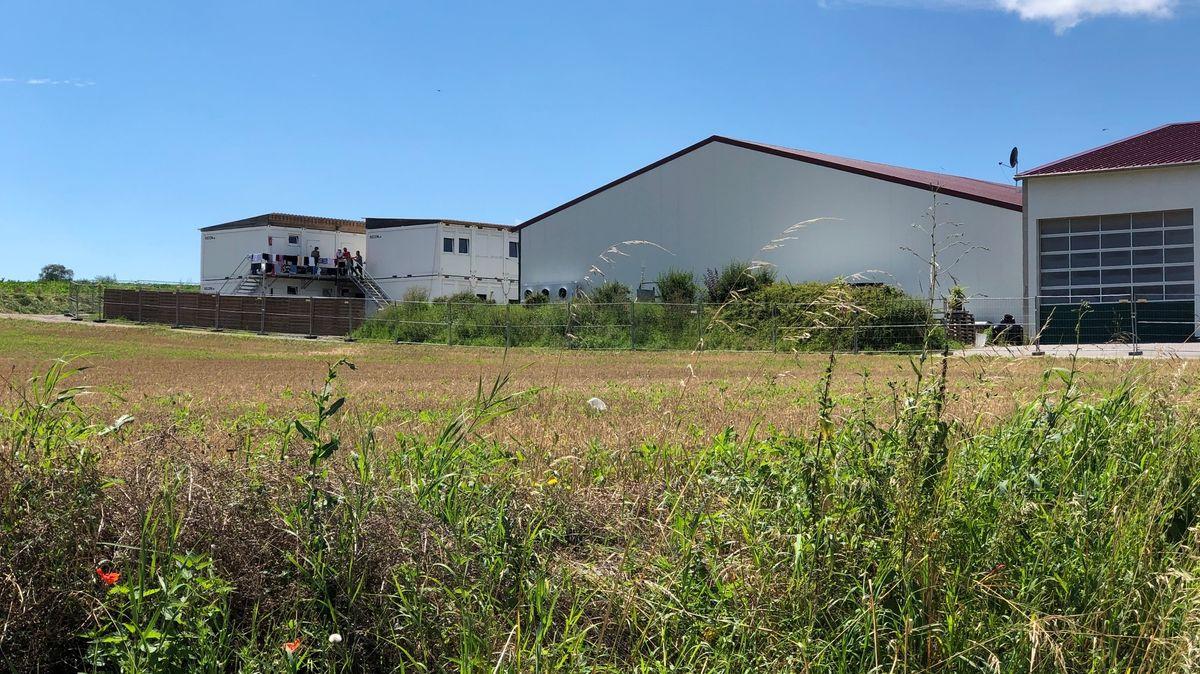 Blick auf den landwirtschaftlichen Betrieb
