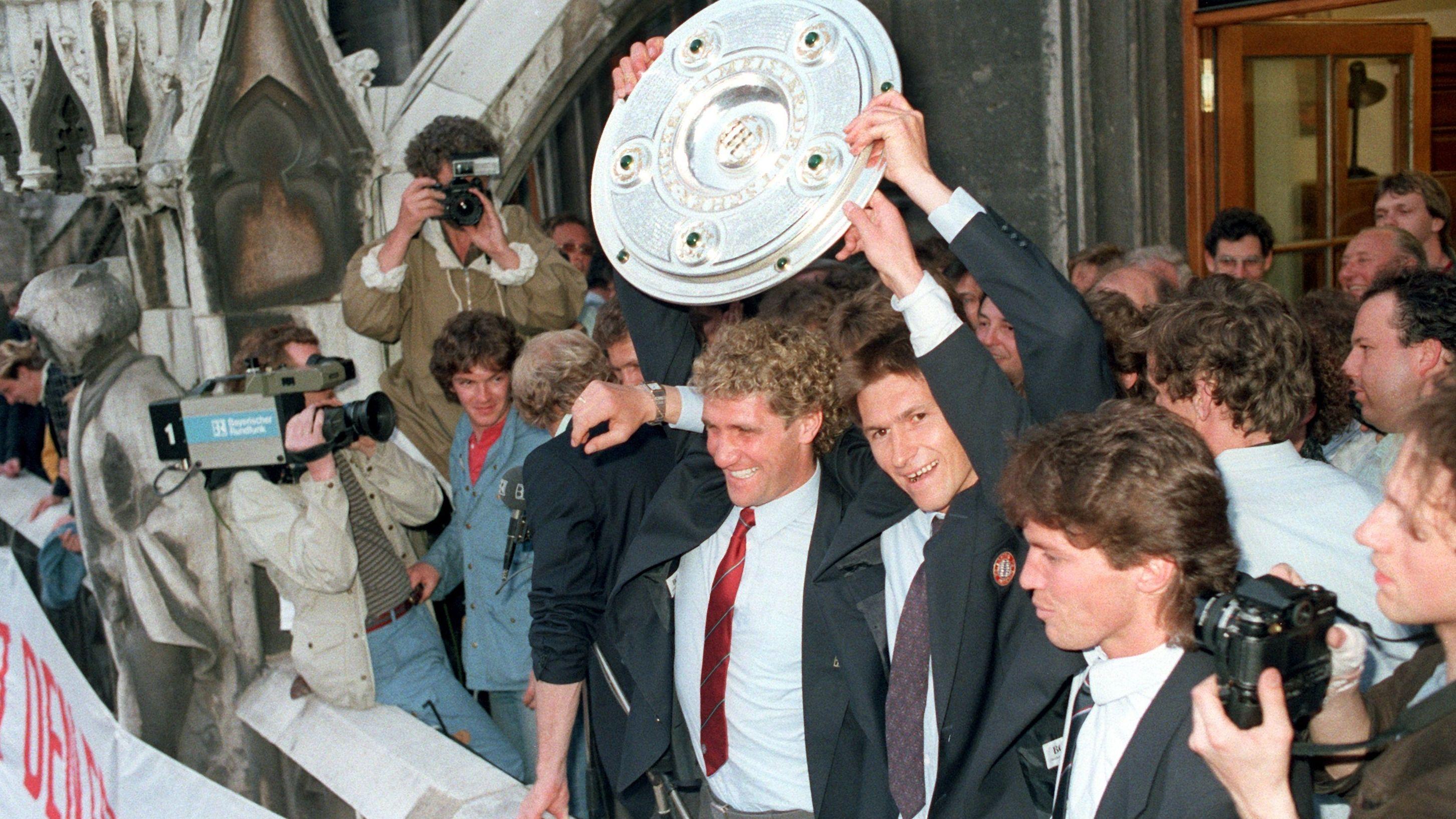 FC Bayern Meisterfeier auf dem Rathausbalkon