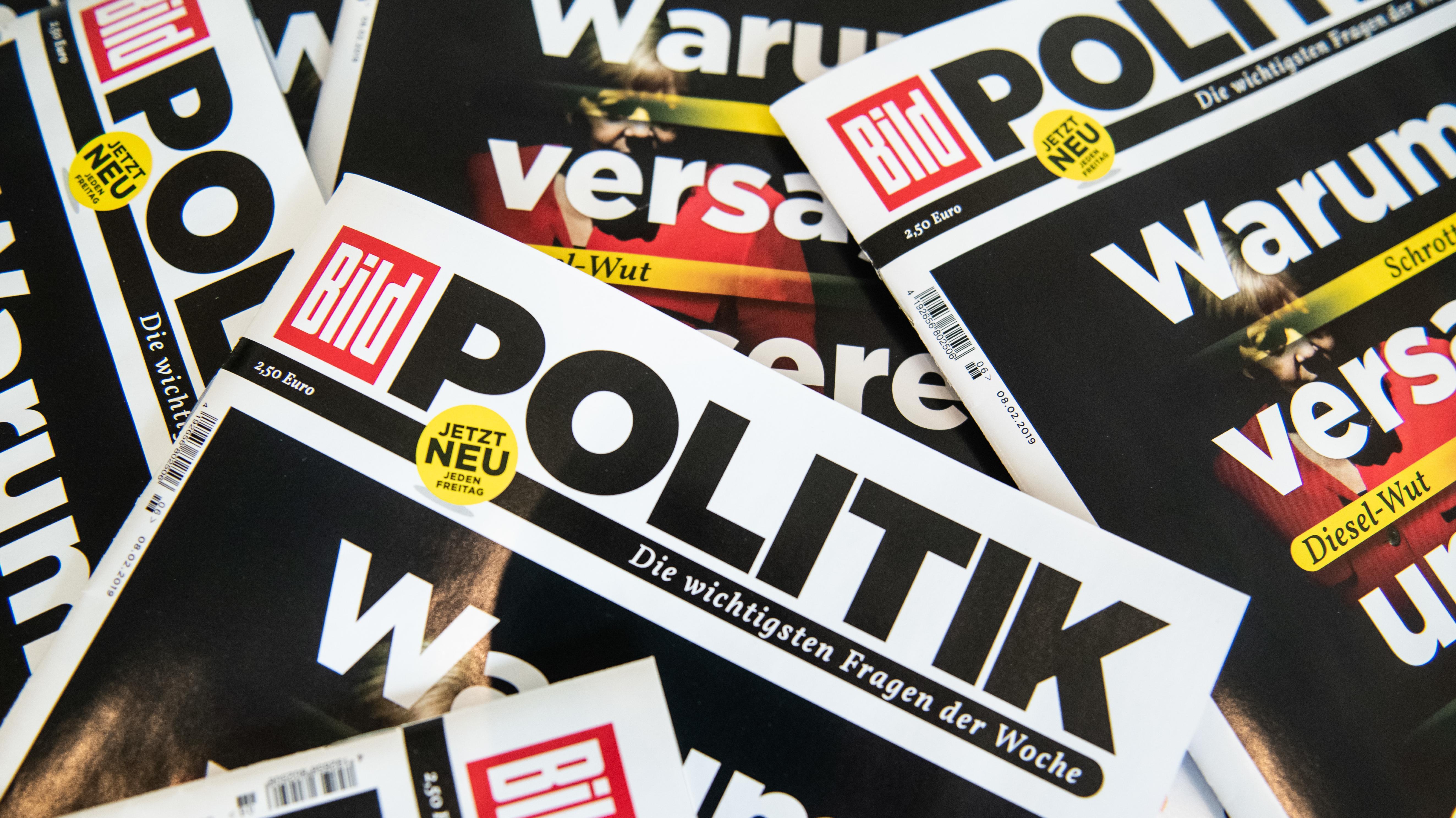 """Titelseiten der """"Bild Politik"""""""