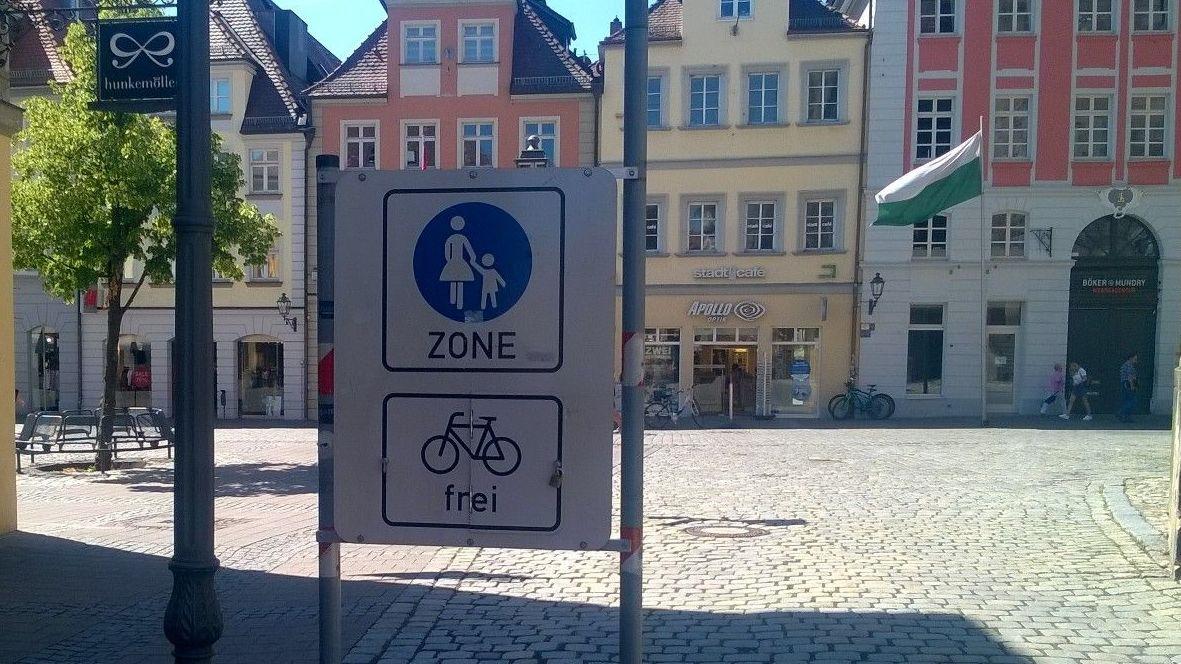 "Schild ""Fahrrad frei"""