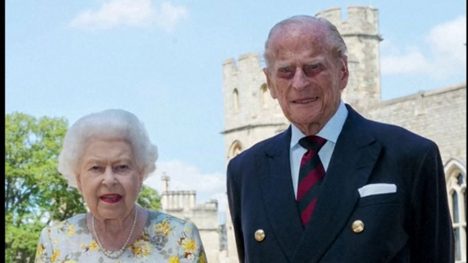 Der Mann im Schatten der Queen: Prinz Philip wird 99