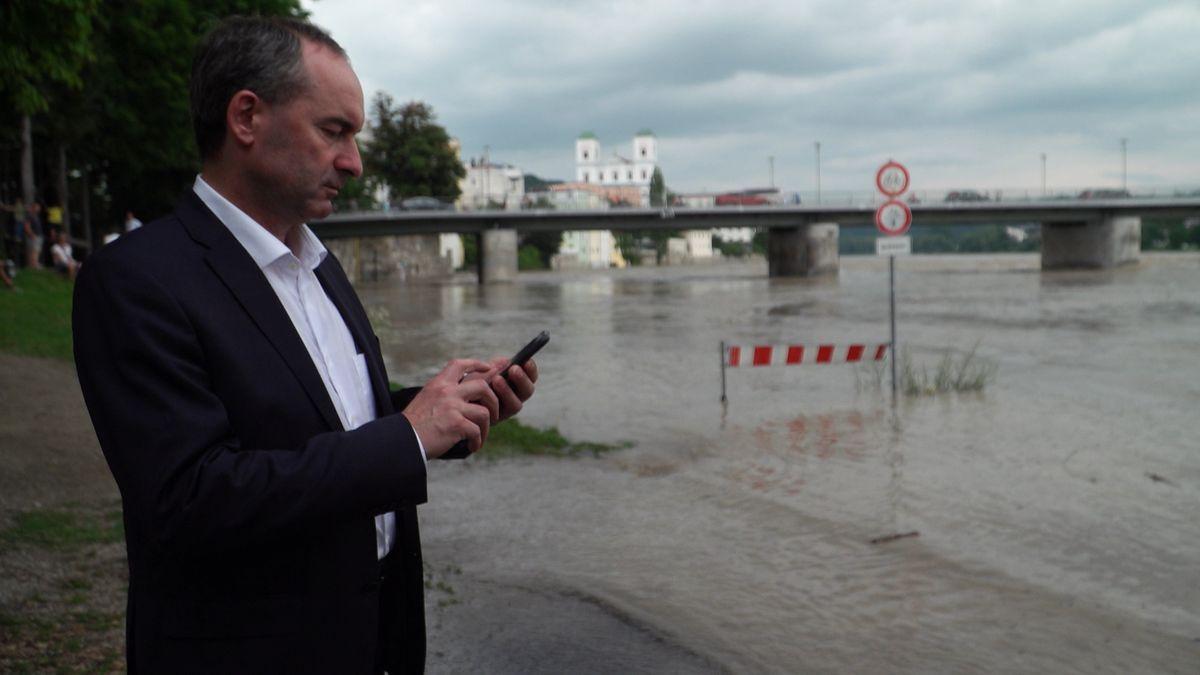Wirtschaftsminister Hubert Aiwanger (Freie Wähler) in Passau